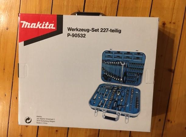 Vorbildlich: Die Verpackung des Makita Werkzeug-Set P-90532